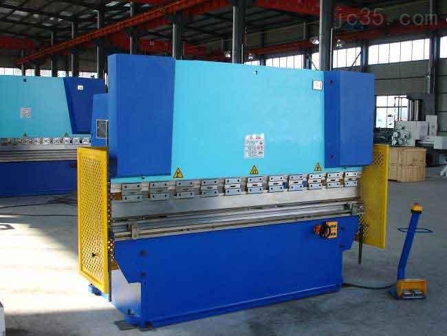 供应WC67K系列双联动液压板料折弯机